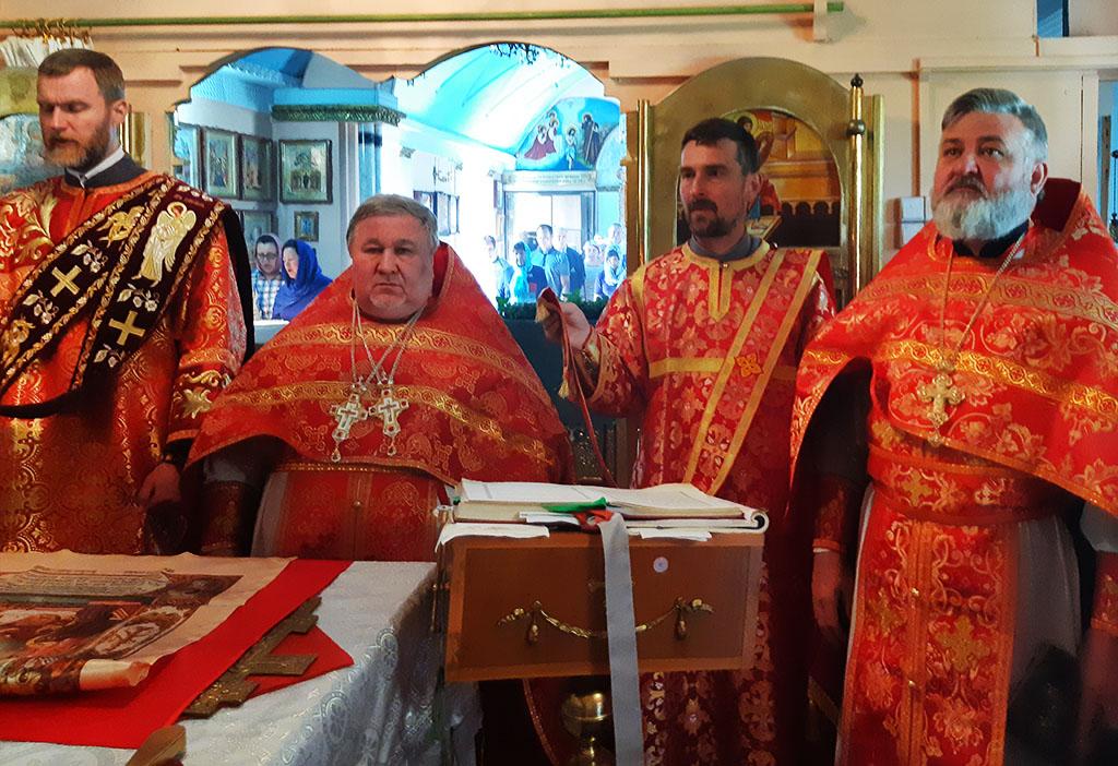 Престольне свято в смт. Приколотне Великобурлуцького району