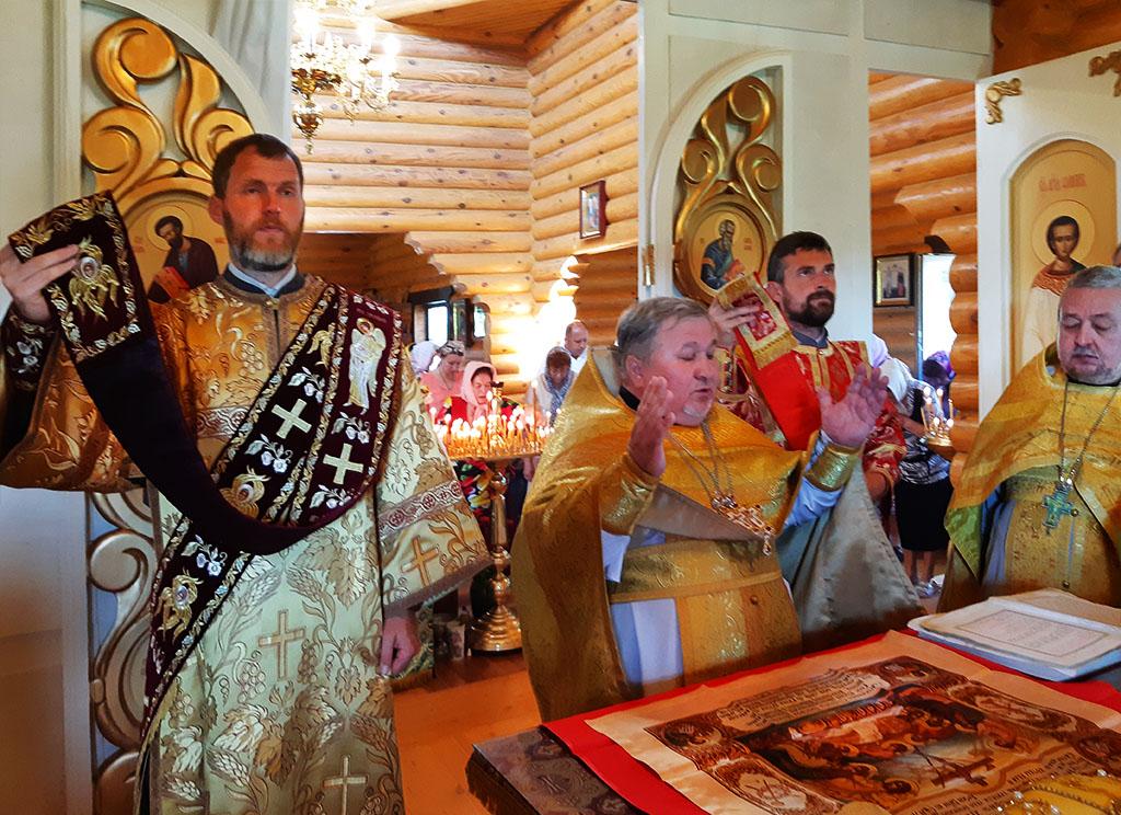 Престольне свято в смт. Вільча Вовчанського району