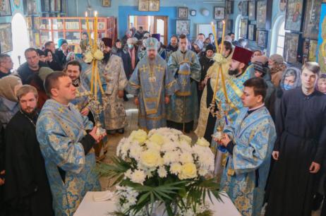 Високопреосвященніший Єлисей відвідав смт. Андріївка